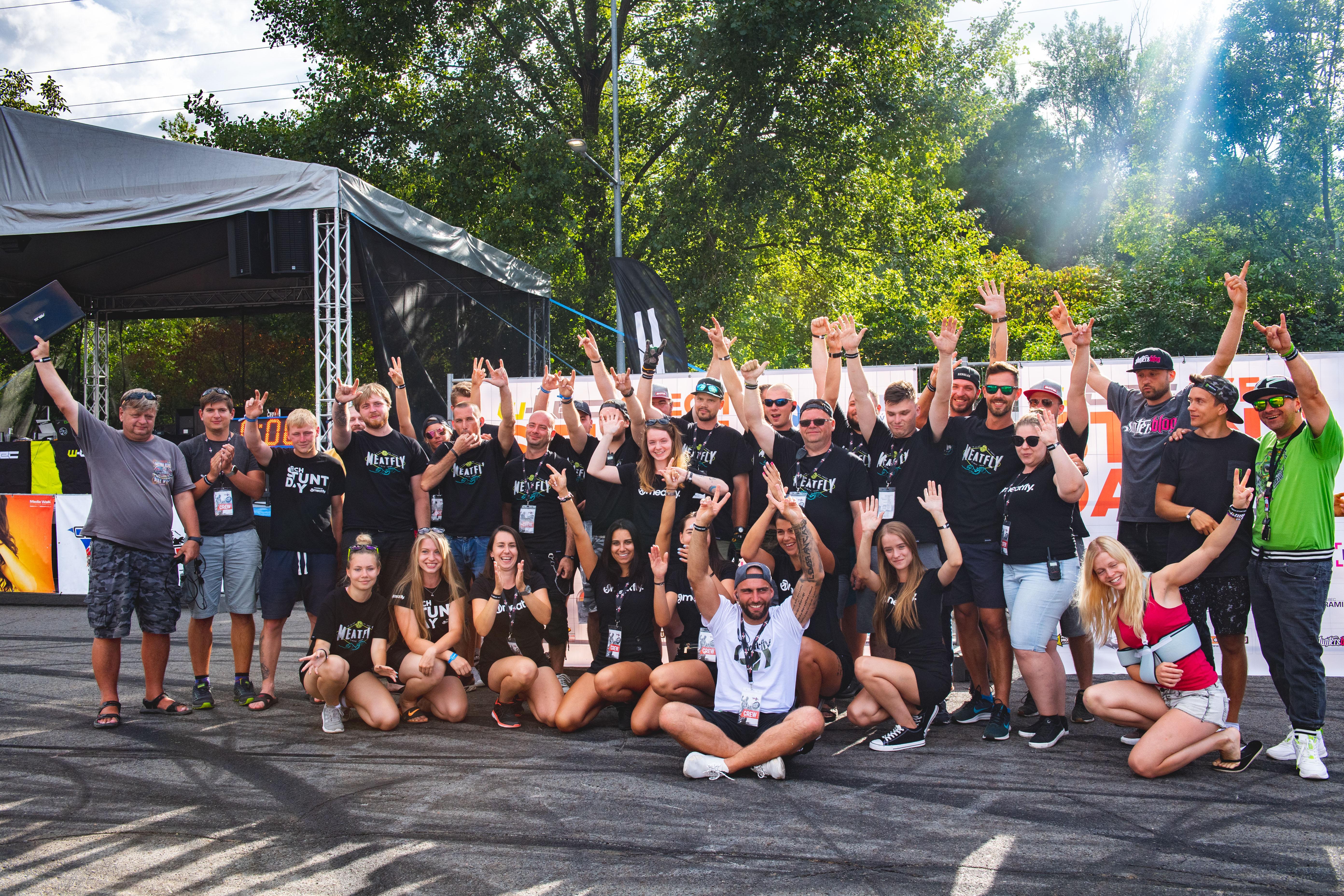 <p>PF 2021 Přátelé, jedním slovem od srdce DĚKUJEME! Za Vaši přízeň, za Vaši podporu, a že díky Vám jsme opravdu i letos mohli uskutečnit Czech Stunt Day a neporušit tak naši tradici! Nesmíme zapomenout na březnové Czech Stunt Grand Prix na motosalonu v Brně, které mělo obrovský úspěch a my […]</p>