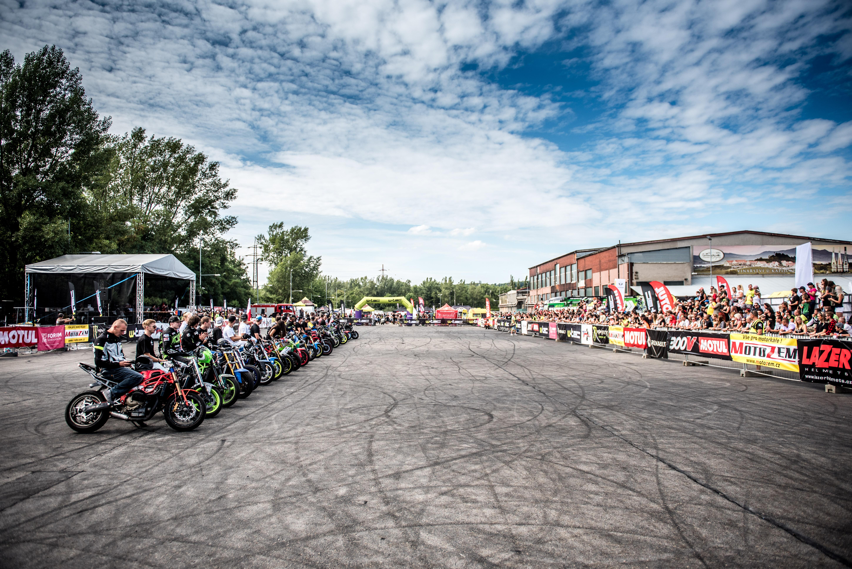 <p>Na letošním 9.ročníku Czech Stunt Days 2021, nastoupí celkem 37 jezdců! Nenechte si to ujít a přijde okouknout, kteří jezdci letos zaválí a budou se rvát o 1.místo!</p>